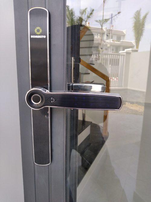 Khoá HomeKit AB-13B khóa vân tay điều khiển qua app điện thoại 4 tính năng